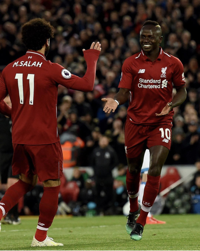 36e journée Premier League : Liverpool atomise Huddersfield 5-0 grâce à un doublé de Sadio Mané, qui inscrit son 20e but de la saison