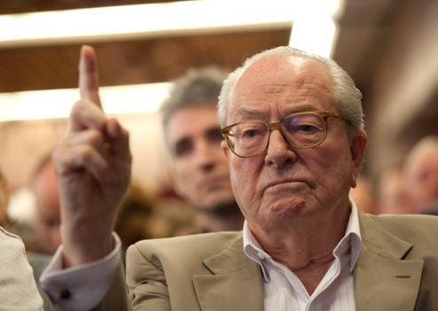 Affaire Bourgi : Le Pen incriminé par l'ex-premier ministre du Gabon