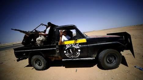 Violents combats à Syrte, les pro-Kadhafi résistent