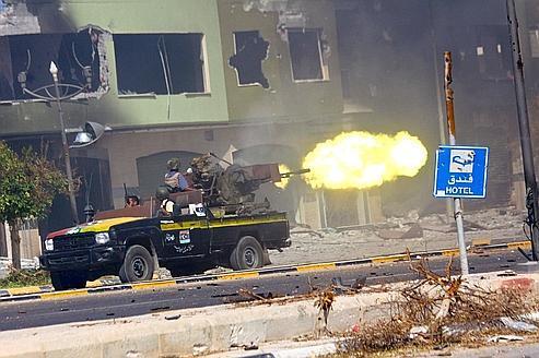 Libye: des violents combats près de Syrte