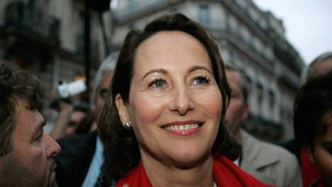 FRANCE : Ségolène Royal soutient François Hollande