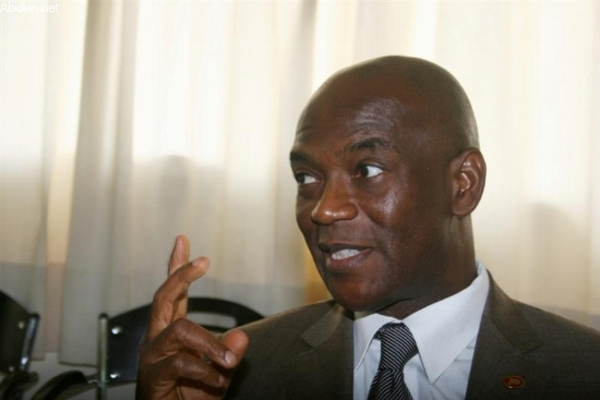 """Mamadou Koulibaly, président de l'Assemblée nationale ivoirienne: """"La CPI doit mettre Laurent Gbagbo et Alassane Ouattara sur un pied d'égalité."""" ( AUDIO )"""