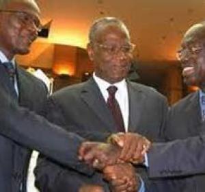BENNO Il est minuit, camarades! (Abdoulaye Ndiaga Sylla et Babacar Touré)