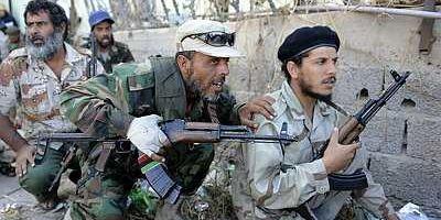 Libye: reprise des combats à Bani Walid, dernier fief de Kadhafi