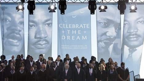 Des milliers de personnes rendent hommage à Martin Luther King