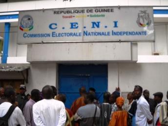 Cacophonie au sein de la Céni après le limogeage de son directeur (  AUDIO )