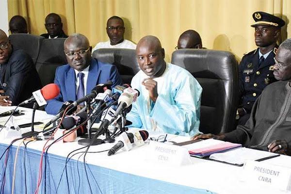 Dialogue National piloté par une autorité indépendante : Le pouvoir cède à la pression de l'opposition.