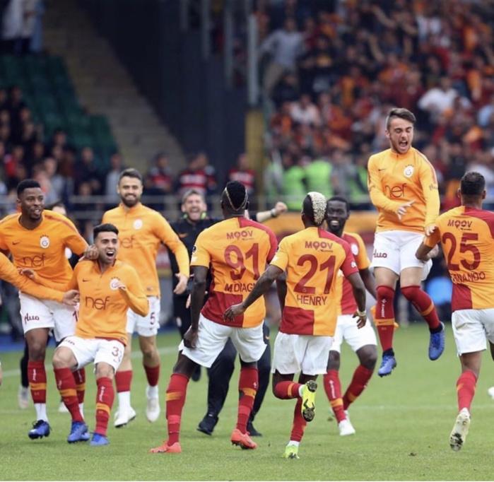 Süper Lig : Galatasaray presque champion après sa victoire contre Basaksehir (2-1)
