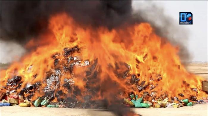 Kaffrine : Incinération de 750 kg de chanvre indien et de produits impropres à la consommation