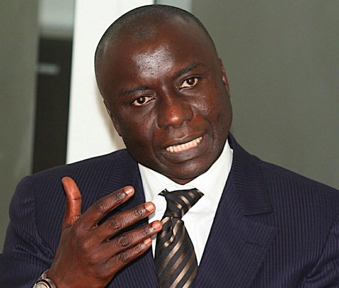 Idrissa Seck empêché de revenir à Dakar pour les obsèques de son allié.