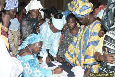 Les femmes de la mouvance présidentielle s'engagent à payer la caution du candidat Wade