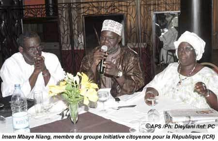 Au moment où ça bloque à Bennoo Siggil Senegaal, Bennoo Alternative 2012 lance un appel à candidature
