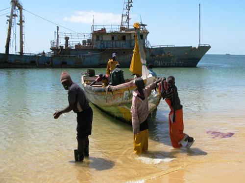 Pêche: Accroissement de la surveillance de nos côtes.