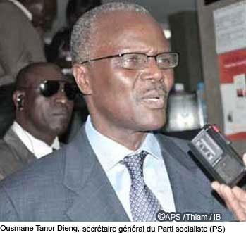 Kaolack : Ousmane Tanor Dieng demande au khalife de Médina Baye de prier pour une élection apaisée