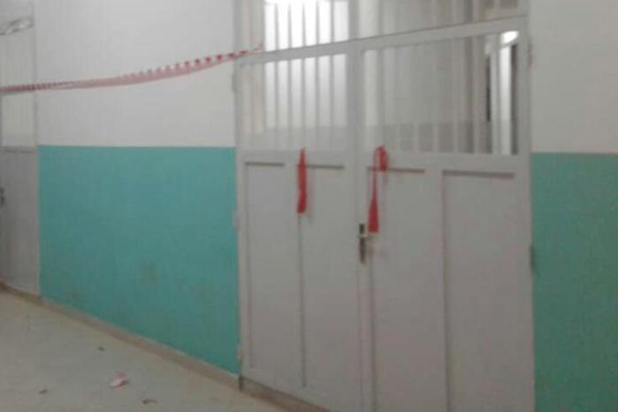 Université Assane Seck Ziguinchor : Les étudiants bouclent les portes du rectorat et de l'amphithéâtre avec des bandeaux rouges