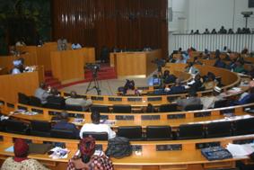 Hausse de 14,95% des recettes externes du budget de l'Etat en 2012