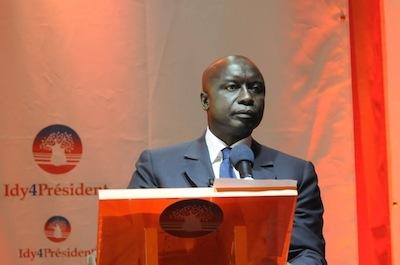 """Revue de Presse: """" Le budget de campagne de l'ancien Premier ministre Idrissa Seck pour l'élection présidentielle de 2012 s'élève à sept milliards de francs CFA. """""""
