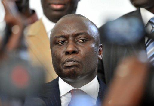 Sénégal: nouvel appel pour dissuader le président Wade de se représenter
