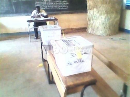 Présidentielle 2012 : les urnes sont déjà à Dakar, selon Cheikh Guèye