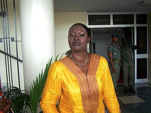 La député Mously Diakhaté  dénonce «le vol» et la «magouille» dans la gestion du fonds de soutien à l'édition
