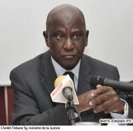 Cheikh Tidiane Sy : ''Le transfèrement de Malick Noël Seck obéit aux règles de l'administration pénitentiaire''