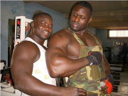 Lutte: Saga entre Tyson et Eumeu Sène.