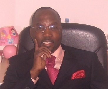 Mounirou  Sy, constitutionnaliste: «Tous les constitutionnalistes du Sénégal sont unanimes autour de l'irrecevabilité de la candidature de Me Wade.»