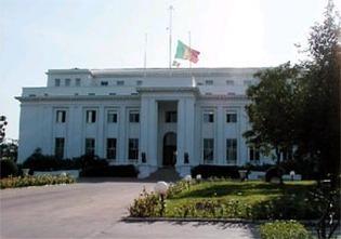 Les prestataires du Fesman menacent de marcher devant le palais