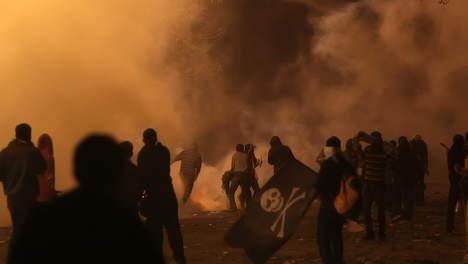 """El Baradei dénonce le """"massacre"""" de la place Tahrir"""