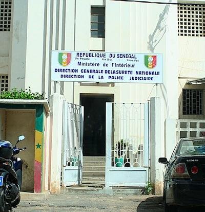 Serigne Saliou Samb et Pape Samba Diarra à la DIC suite à la publication de résultats de sondages dans leurs journaux respectifs