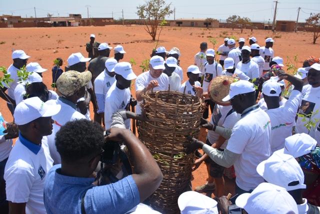 « 100 millions de graines pour la terre » : l'Aéroport Dakar Blaise Diagne, un espace zéro déchet…