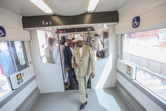 Transport ferroviaire : Visite de Macky Sall sur les gares du Ter