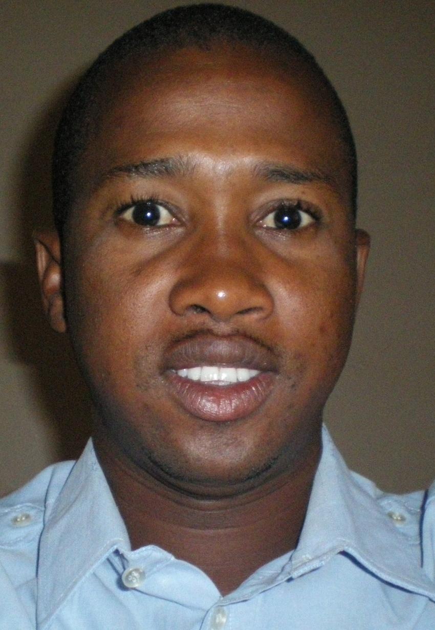 Présidentielle 2012 :You, le sapeur (Moustapha Thiouccoudy Dieng)