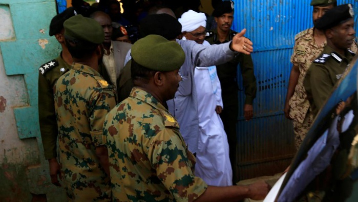 Soudan : Omar El-Béchir déféré au parquet