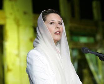 Aïcha Kadhafi au peuple libyen: « Vengez votre martyr et soulevez-vous contre les rebelles de l'Otan »