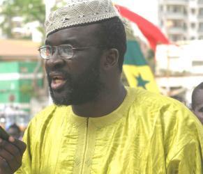Idrissa Seck remet Moustapha Cissé Lô à sa place.
