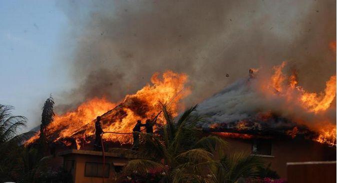 Incendie déclaré à la station balnéaire de Saly : La résidence Mangrove en feu et risque de contamination du Recif