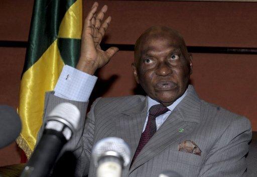 Rédaction de la constitution de 2011: Pape Demba Sy, agrégé en droit et membre de Bennoo Siggil Senegaal, dément Me Wade