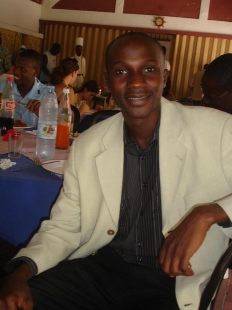 Si Becaye part le matin, Fabouly ira à  midi, et Abdoulaye WADE le soir. (Demba SEYDI)
