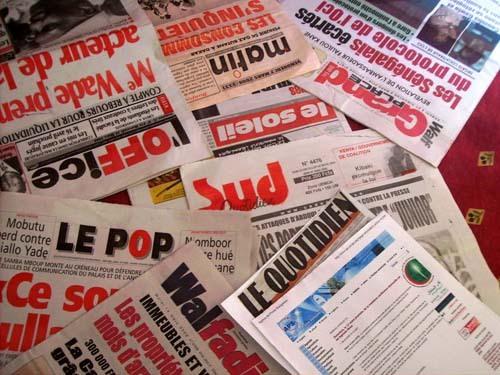 La presse écrite et l'écriture du français (Mamadou SECK)