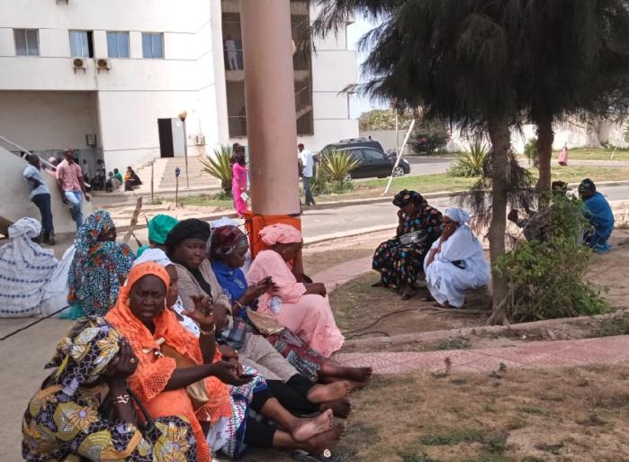 Audition de Aliou Sall : Guédiawaye et la CDC présentes, manifestent leur soutien au maire.