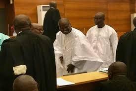 Cour suprême : Les avocats de Khalifa Sall listent ce qui rend ''illégal'' le décret à l'origine de la révocation de l'ex-maire de Dakar