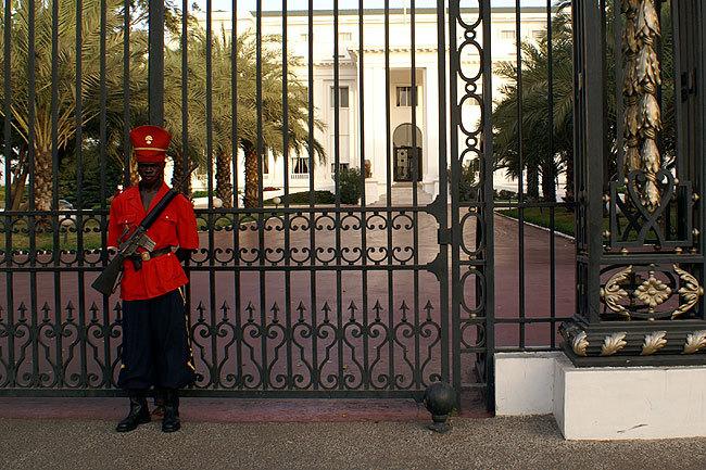 La superstition s'invite au palais et dans les faits et gestes du président