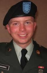 Affaire Wikileaks: le caporal Bradley Manning, ''la taupe'' du site, risque  gros