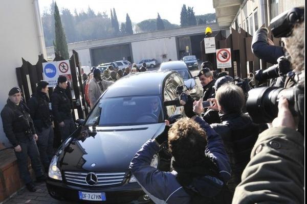 Photo : Les dépouilles des deux émigrés sénégalais tués ont quitté l'Italie, voici les corbillards