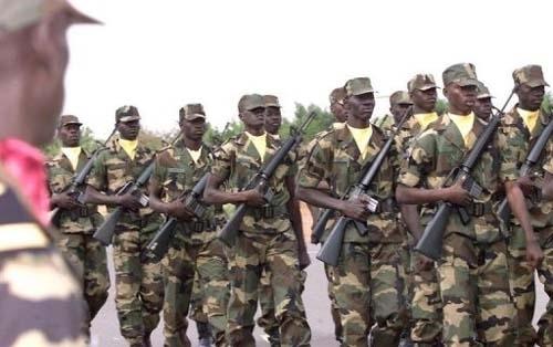 Ras le bol du Sénégal, Me Wade autorise la poursuite des rebelles en Gambie.