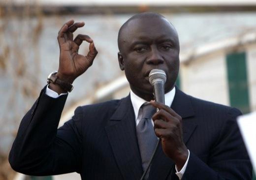 A propos de Mr. Idrissa SECK ( Malick Wade GUEYE)