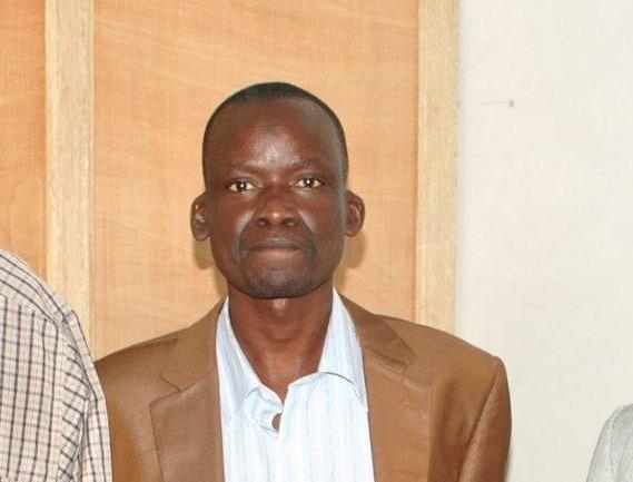 Serigne Saliou Samb dirpub du journal « Le Pays » limogé pour avoir refusé d'attaquer Idrissa Seck, Youssou Ndour, dakaractu…