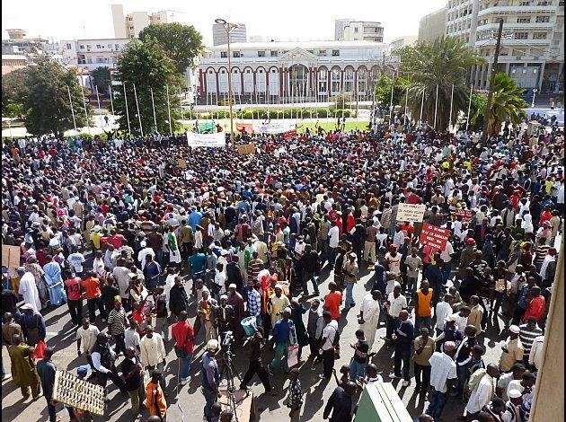 le Peuple, des Gens et la Nation. (Amadou Fall)