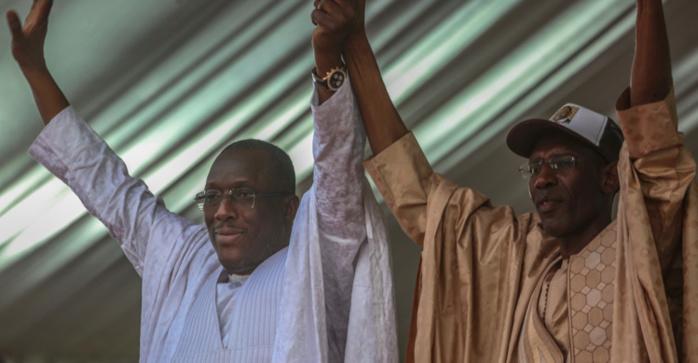 Pires ennemis hier : Quand Abdoulaye Daouda Diallo et Cheikh Oumar Hann se rabibochent et partagent le même véhicule